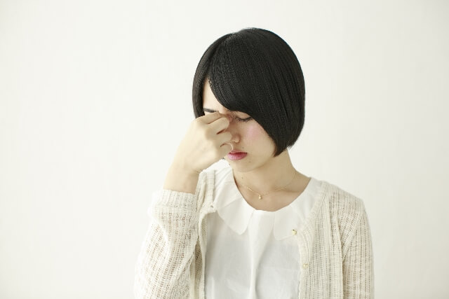 めまいを伴う頭痛…もしかして偏頭痛?~偏頭痛かどうかを自分で判断するための豆知識~