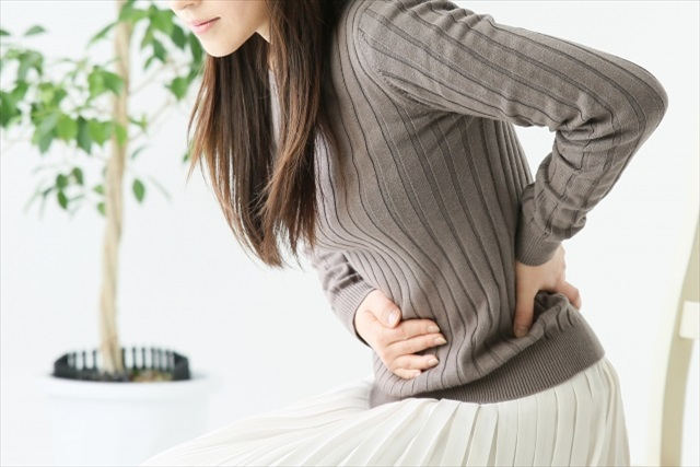 産後に骨盤が歪む原因とは?~日頃から意識して姿勢を正すことの必要性~